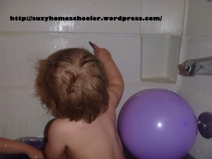 Harold and the Purple Crayon Theme Bath and 4 Other Activities from Suzy Homeschooler (3)