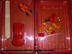 Intro to Measuring, with Gummy Bears from Suzy Homeschooler (2)