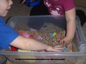Magnetic Easter Sensory Bin from Suzy Homeschooler (1)