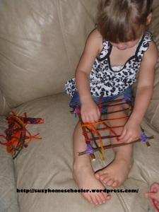 Homemade Loom from Suzy Homeschooler (4)