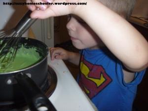 Homemade Playdough Recipe from Suzy Homeschooler (1)