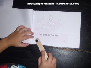 Using Free Printable Early Readers, Suzy Homeschooler (2)