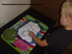 Simple Shaving Cream Writing Tray from Suzy Homeschooler (3)