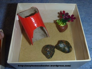 Travel-Sized Pet Rock and Pet Rock Home from Suzy Homeschooler (7)
