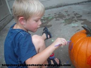 15 Ways to Play and Learn with a Pumpkin from Suzy Homeschooler (3)