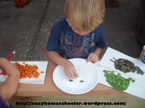 15 Ways to Play and Learn with a Pumpkin from Suzy Homeschooler (48)
