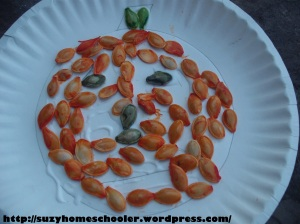 15 Ways to Play and Learn with a Pumpkin from Suzy Homeschooler (50)