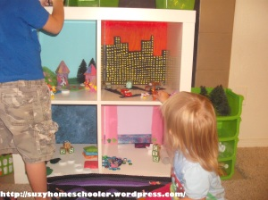 Doll House from Ikea Expedit, Suzy Homeschooler (16)
