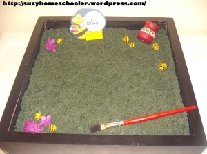 Sight Word Bee Writing Practice Salt Tray (1)