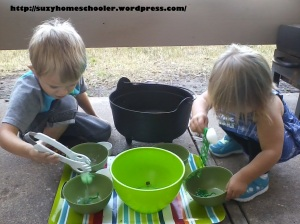 Edible Witches Brew Sensory Activity from Suzy Homeschooler (10)