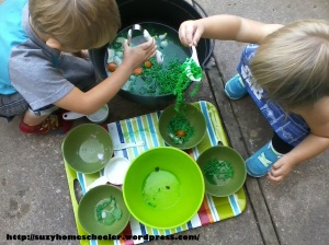 Edible Witches Brew Sensory Activity from Suzy Homeschooler (11)
