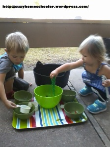 Edible Witches Brew Sensory Activity from Suzy Homeschooler (6)